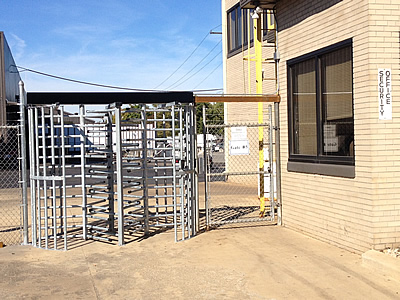 Business_Security_Commercial_Fence_Monitor_System_Installation4